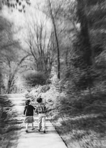 hand in hand bw (1 of 1)